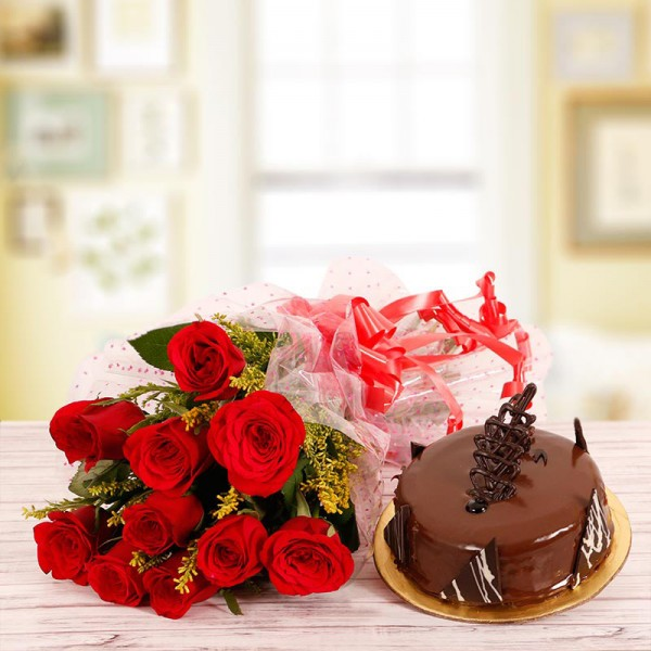 10 Red Roses Bouquet with Half Kg Chocolate Cake