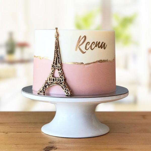 2 Kg Designer Vanilla Fondant Cake