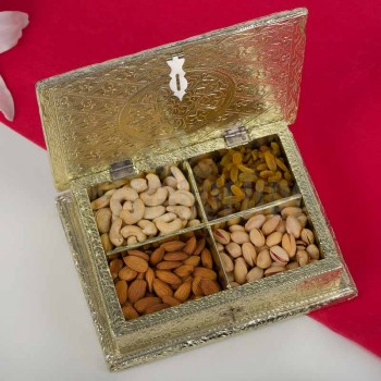 Decorated Box of Almond, Cashew Nut, Pista and Raisins