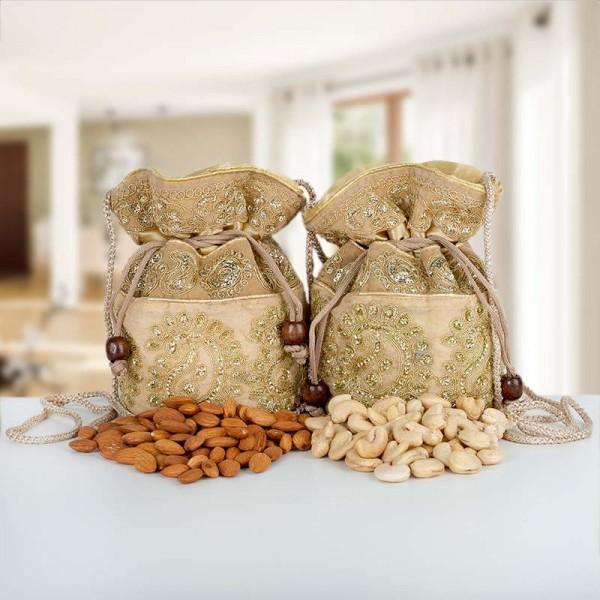 Dryfruit Potlis of Cashew Nut and Almond