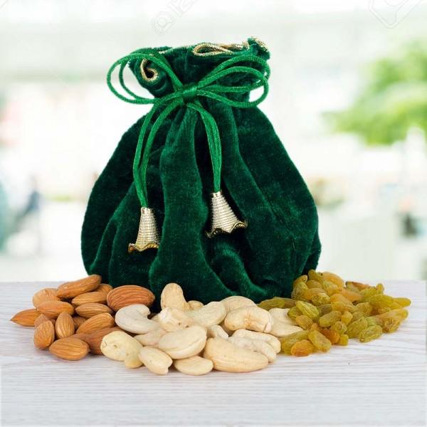 Green Dryfruit Potli of Almond, Cashew Nut and Raisins