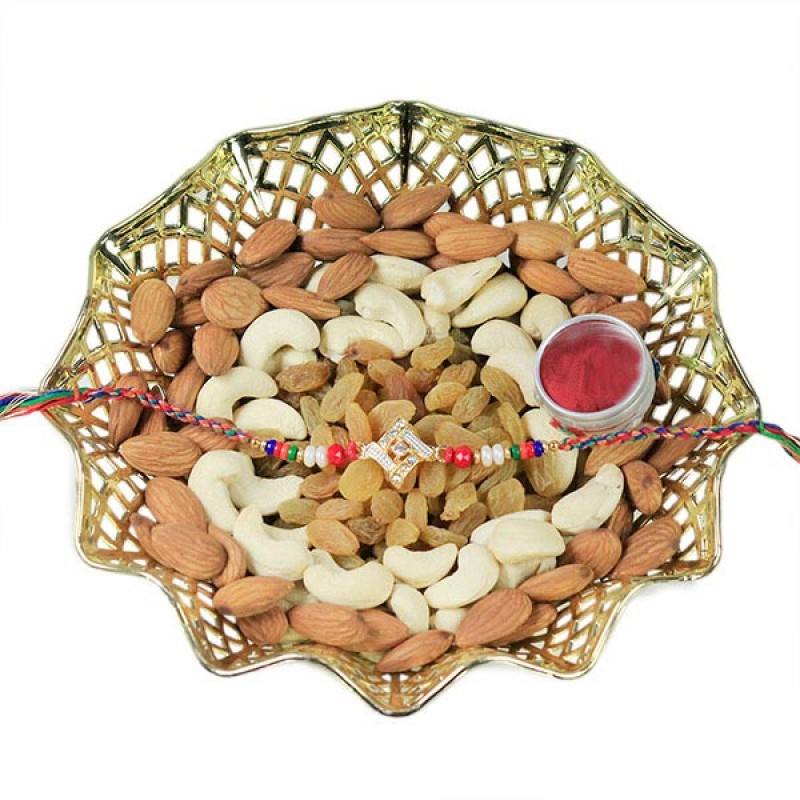 Traditional Rakhi n Dryfruits Hamper