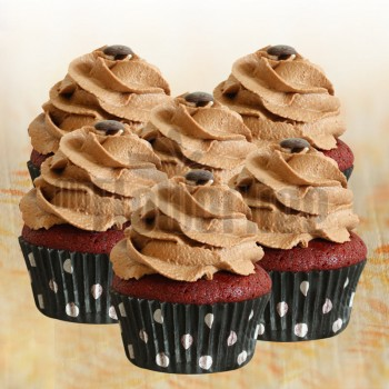 Red Velvet Chocochip Cupcakes 4 pcs