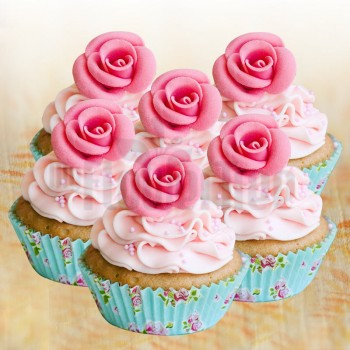 Set of 4 Rose Designer Strawberry Cupcakes