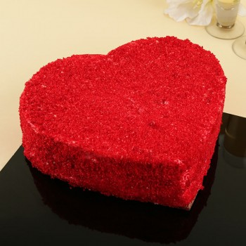 Half Kg Red Velvet Heart Shape Cream Cake