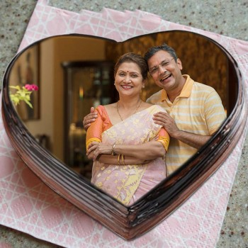 One Kg Heart Shaped Chocolate Photo Cake For Parents