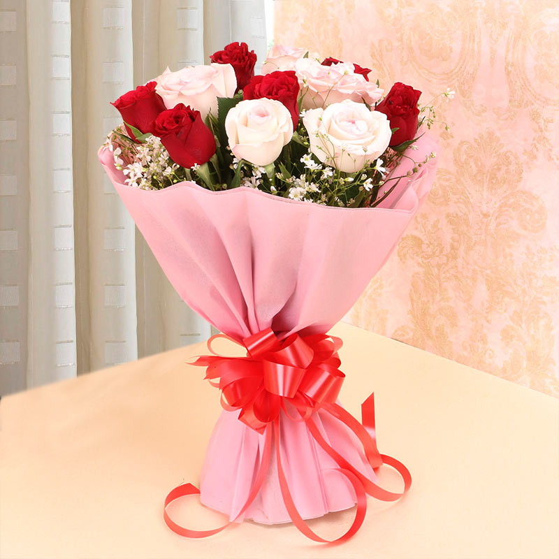 Lovely Roses Bouquet - MyFlowerTree