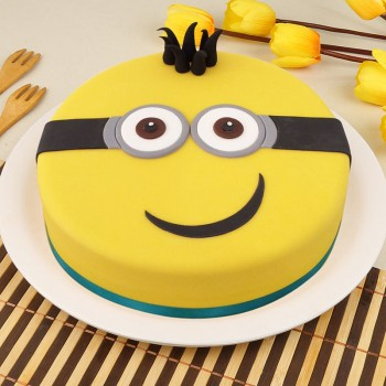 1 Kg Minion Theme Chocolate Fondant Cake