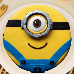 Magical Minion Cake