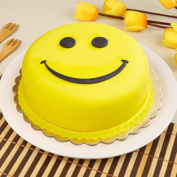 1 Kg Smiling Face Chocolate Fondant Cake