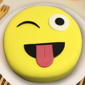 1 Kg Emoji Face Chocolate Fondant Cake