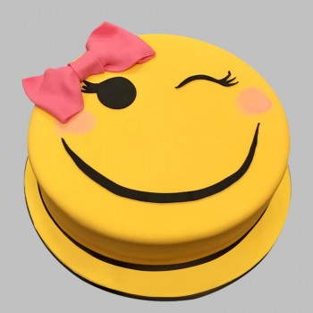 1 Kg Smiley Face Chocolate Fondant Cake for Women
