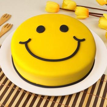 1 Kg Smiley Face Chocolate Fondant Cake