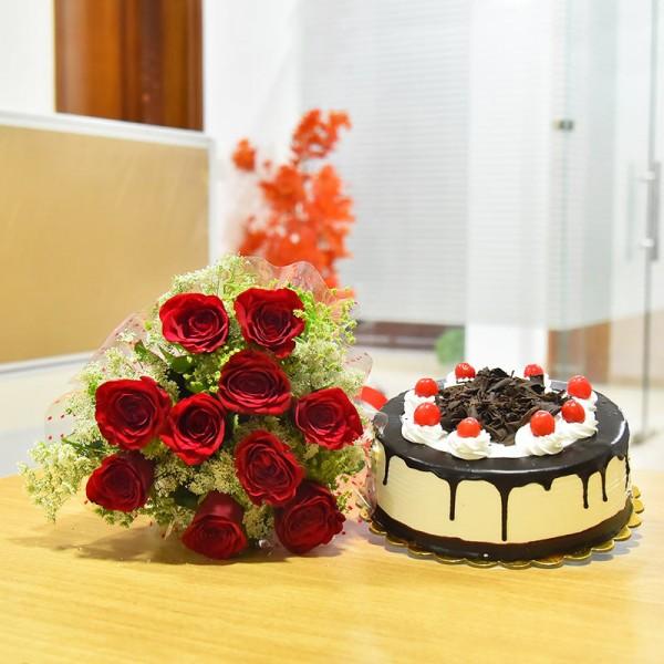 10 Red Roses and Half Kg Black Forest Cake