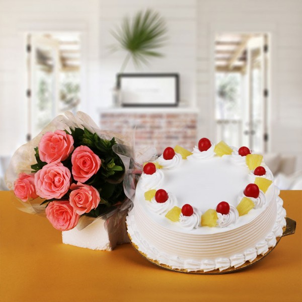 6 Pink Roses Bunch with Half Kg Pineapple Cake