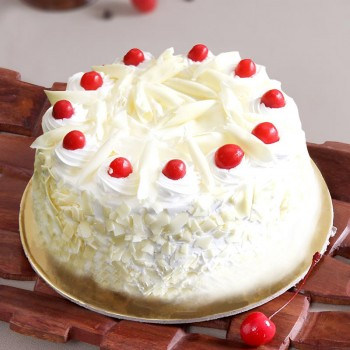 Half Kg White Forest Cream Cake