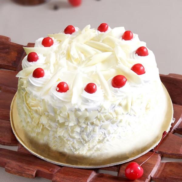 Half Kg White Forest Cream Cake