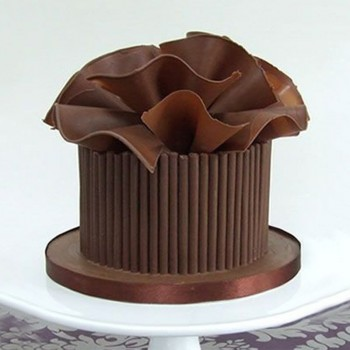 One Kg Belgium Chocolate Designer Cream Cake
