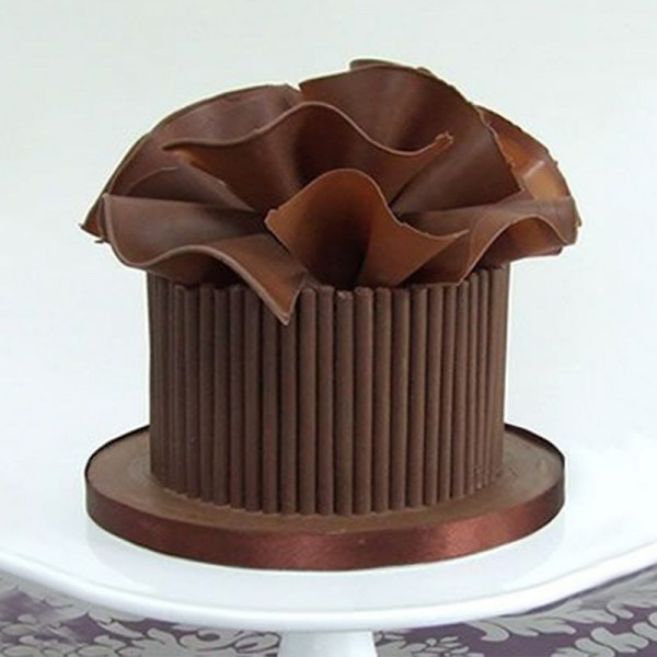 One Kg Belgium Chocolate Designer Cream Cake