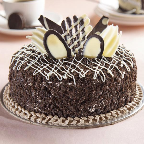 Half Kg Oreo Crunch Chocolate Cream Cake