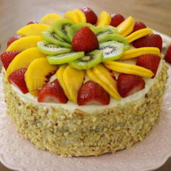 Half Kg Almonds Pineapple Fruit Cake