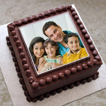 One Kg Photo Square Chocolate Cream Cake