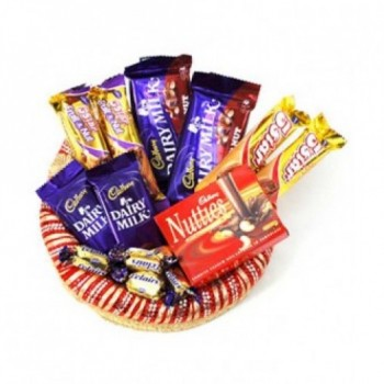 Cadbury Hamper of 4 5star , 1 Cadbury Nutties, 2 DairyMilk Fruit n Nut,2 DairyMilk and10 Eclairs
