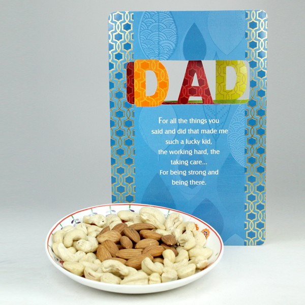 Dryfruits n Greeting Card Hamper