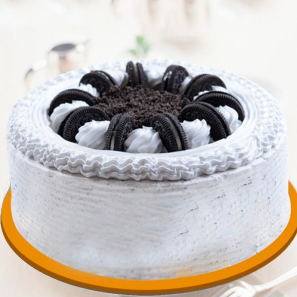 Half Kg Oreo Biscuits Vanilla Cake