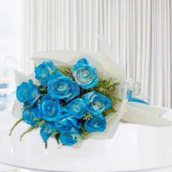10 Blue sprayed Roses Bunch