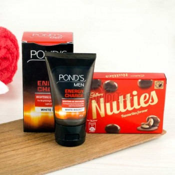 Ponds Face Wash with Nutty Bites