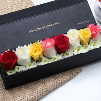 8 Mixed Roses in Black Luxury Box