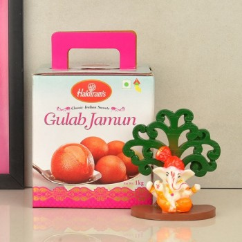Ganesha Idol with Tree Decoration and Gulab Jamun Pack