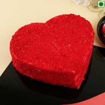 Hearty Red Velvet Eggless Cake
