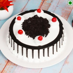 Black Forest Eggless Cake Half Kg
