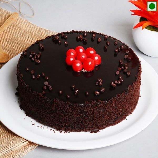 Half Kg Eggless Chocolate Truffle Cake