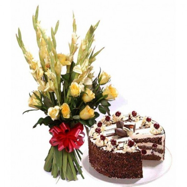 6 Yellow Glads and 5 Yellow Roses with Black Forest Cake (Half Kg)