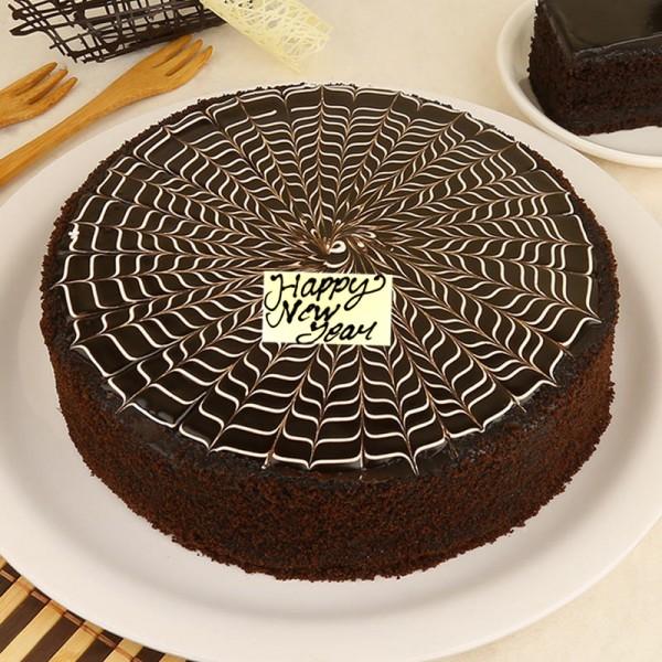 Half Kg Chocolate Truffle Cream Cake for New Year
