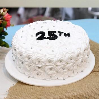 White Rose Cake