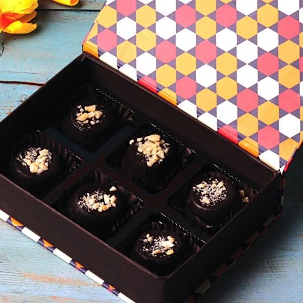 Box of 6 pcs Homemade Chocolate