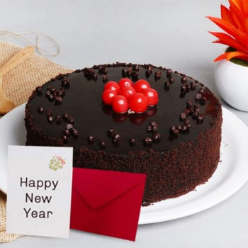 New Year Chocolate Truffle Cake Half Kg with Greeting Card