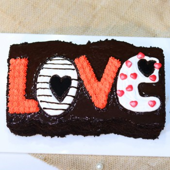 One Kg Love Theme Designer Chocolate Cream Cake