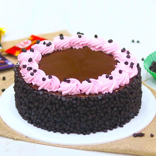Half Kg Creamy Chocolate Chocochip Cake