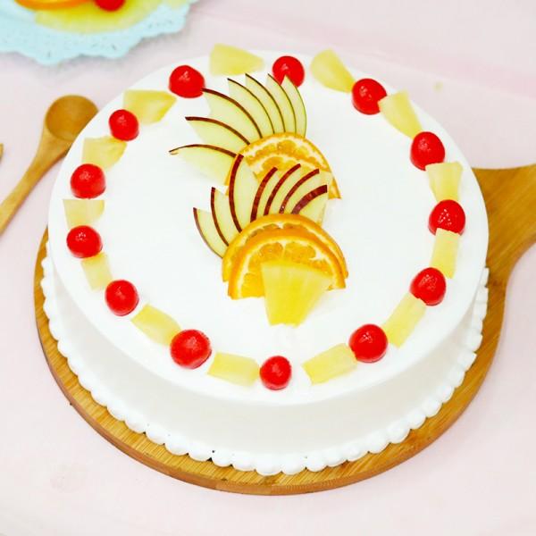 Vanilla-Fruit Cake