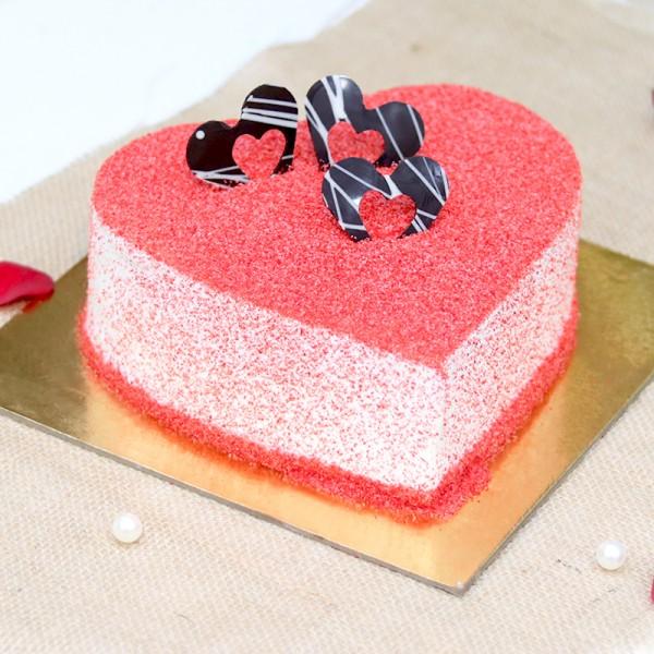 Half Kg Heart Shape Designer Red Velvet Cream Cake