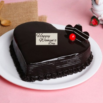 Half Kg Heart Shape Chocolate Cake for Womens Day