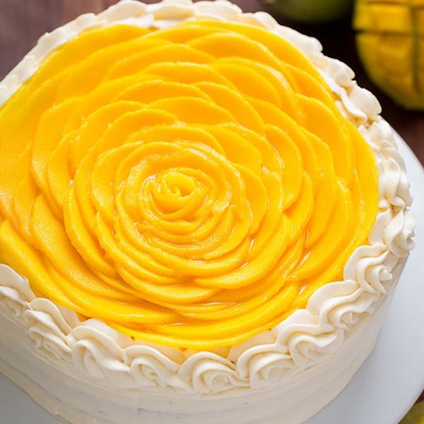Half Kg Mango Fruit Cake