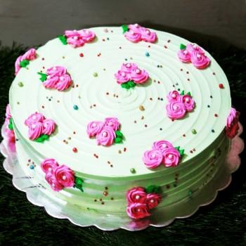Half Kg Designer Vanilla Cream Cake