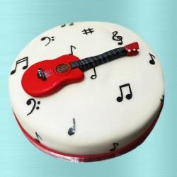 Expert Guitarist Cake
