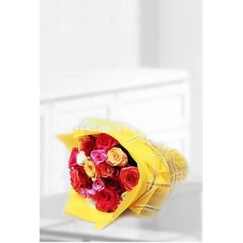 A Bouquet Of Dozen Mix Roses
